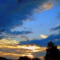 октябрьское небо (скоро осень) :: Назар