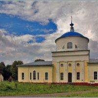 Церковь Успения Пресвятой Богородицы в Закубежье :: Дмитрий Анцыферов