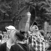 Танец с веером :: Elen Dol