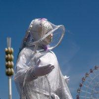Люди на ходулях :: Татьяна Симонова