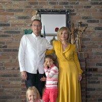 Счастливая семья :: Евгений Мергалиев