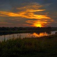 Закат над Гжатью :: Юрий