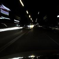 По улицам ночного города :: Виталий Павлов