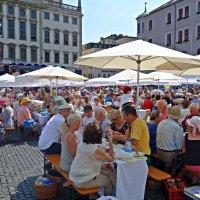День мира в Аугсбурге - праздник 8 Августа 2015 :: Galina Dzubina