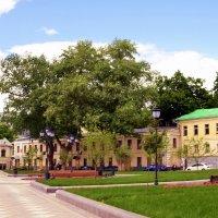 На площади Хитровской :: Владимир Болдырев