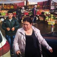 Овощной рынок. :: Валерий Молоток