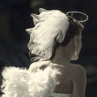 Моя жена ангел :: Алеся Кучерявая