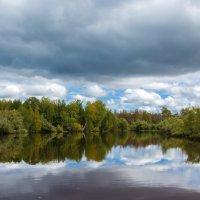 Река,август - лето тю-тю... :: Сергей