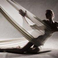 световой этюд с белой тканью :: Евгений nibumbum