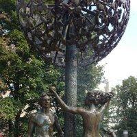 "Фонтан ""Адам и Ева"" :: Galina194701"