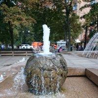 """обрамление фонтана """"Адам и Ева"""" :: Galina194701"""