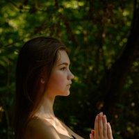 наедине с собой и своими мыслями... :: Анна Семений