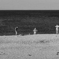 Пляжные человечки... :: Беспечный Ездок