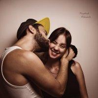 Папа,мама,нам щекотно! :: Александр Майструк