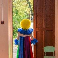 Дверь в мир... :: Валерий Смирнов