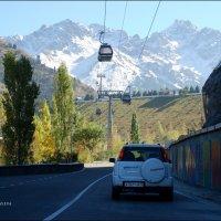 Две дороги: асфальтированная и гондольная. :: Anna Gornostayeva