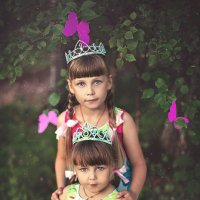 Маленькие лесные феи Настенька и Влада :: Marina Vesna