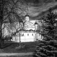 Троица Живоначальная. Село Хорошево, Москва :: Виталий Авакян