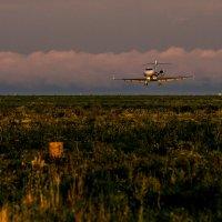 Заход на посадку BD-100-1A10 Challenger 300 :: Александр Николаев