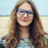 ☼ :: Jen Romanova