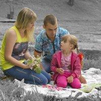 Семейный пикник :: Алеся Пушнякова