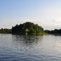 На реке :: Евгений Дубинский