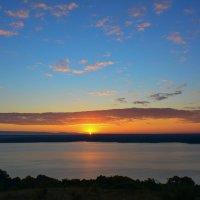 Рассвет на Белгородском водохранилище. :: ALEXANDR L