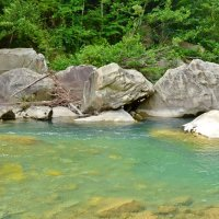 Камни на реке :: Владислав Смирнов