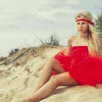 Lady in red :: Юлия Никифорова