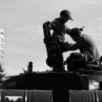 Танкисты :: Дмитрий Арсеньев