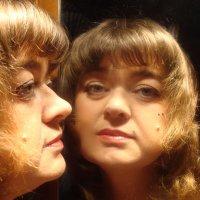 Отражение в зеркале :: Алла