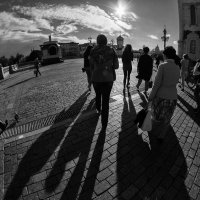 Ровный звук шагов, сплошной и длинный - в одну сторону идём :: Ирина Данилова