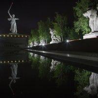 Мамаев курган... :: Sergey Apinis
