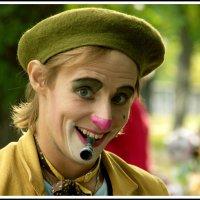 веселый клоун :: юрий
