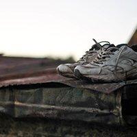 одинокие кроссовки :: Александра Сапоровская-Костюшко