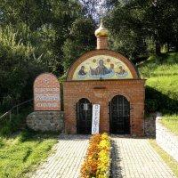 Пещерный храм при подворье Свято-Троицкого Стефано-Махрищенского женского монастыря. :: Елена