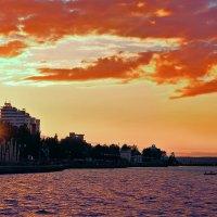 прощание с солнцем :: Наталья Петрова