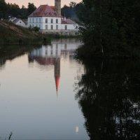 Вечер. Озеро. Луна. Замок. :: sv.kaschuk