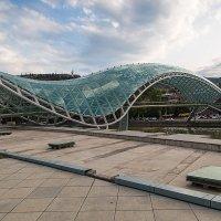 Грузия Тбилиси Мост Мира :: Вячеслав Шувалов