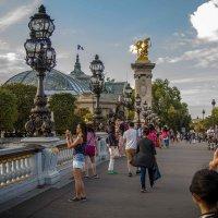 Россия в Париже :: Миша…. просто Миша салавянчик