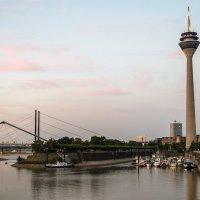 Закат над Рейном :: Witalij Loewin
