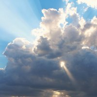 Небо над храмом :: Татьяна Хохлова