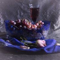Этюд с виноградом :: Aнна Зарубина
