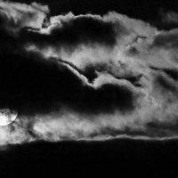 Луна :: Anrijs Slišāns