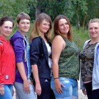 Девушки военные. :: Анатолий