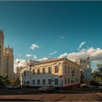 Затерялось лето в старых переулках. :: Владимир Елкин