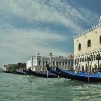Набережная Венеция :: Юрий Воронов