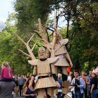 странные люди-деревянные человечки :: Олег Лукьянов