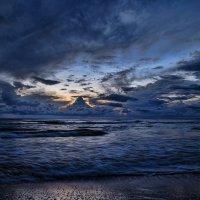 Осенний закат на Балтике :: Irina Jesikova