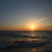 Морской прибой :: valeriy khlopunov